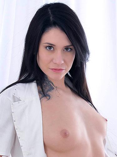 Puffy Network Model Erika Black