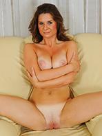 Busty Sarah #10